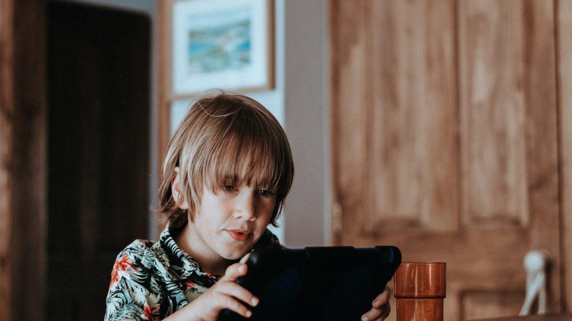 Der Umgang mit Medien – ein heikles Thema für Eltern